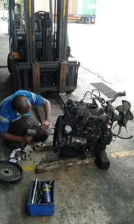 Forklift repair services