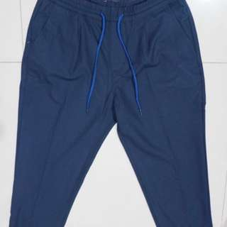 Celana ankle fit Pull & Bear