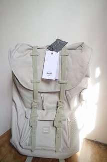 Herschel Backpack 🎒