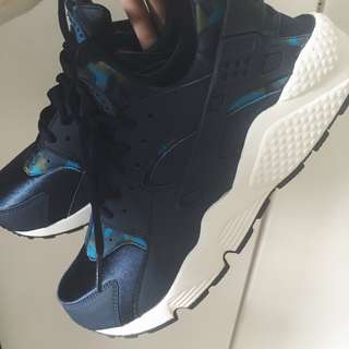 Nike Blue Woman Huarache City Air Camouflage Shoe