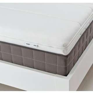 Ikea Tussoy Queen mattress topper