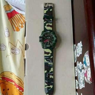手錶~迷彩綠