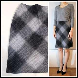 ESPRIT 灰色格紋羊毛呢短裙