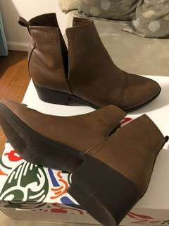 Miss Shop ankle boots in tan