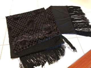 Beautiful heavy weight soft silk large shawl