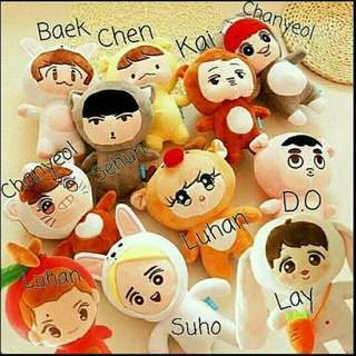 Exo dolls free postage. Discount if buy more than 2 🤗