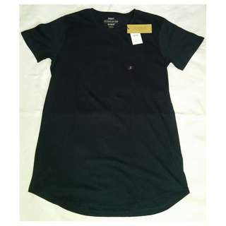 Cotton-on long tee for Men bought in New Zealand