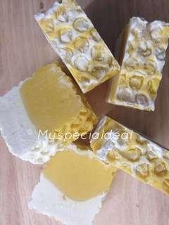Overstock Honey 🍯 & Beeswax Handmade Soap