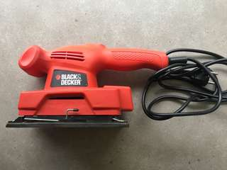 Black & Decker sheet sander KA300