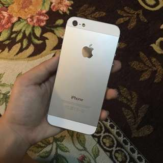 iPhone 5 silver white
