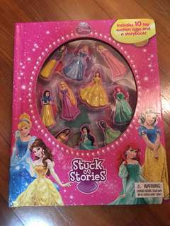 Disney Princess storybook include 10 toy suction cups