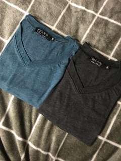 Plain V cut shirt