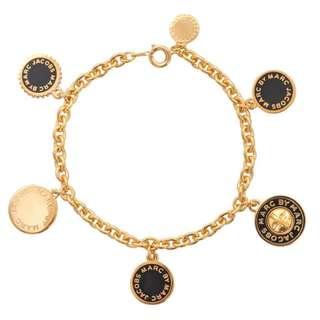 💙現貨💙  Marc by Marc Jacobs Collected black oro gold logo Charms bracelet 黑金色手鍊