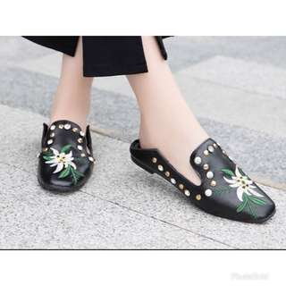 (PO)(Size 35-41) Embroidered foldable heel flats