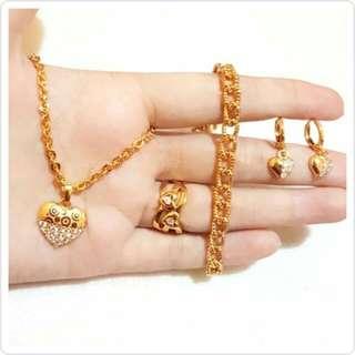 Set perhiasan wanira