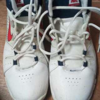 Authentic nike hi cut shoes