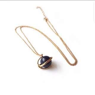 (INSTOCK) Round The Globe Necklace