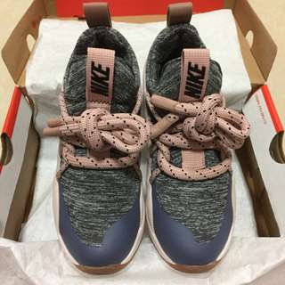 耐吉 Nike City Loop粗綁帶網紅跑步鞋