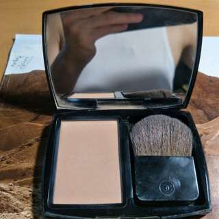 Chanel compact radiance