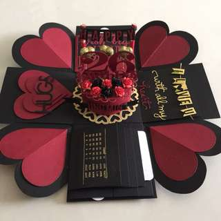 Explosion Box With Cake , 4 waterfall in black , maroon and gold