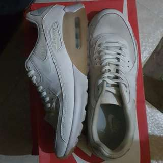 Nike Air Max 90 Ultra Essential size 8.5
