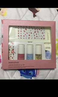Innisfree manicure set
