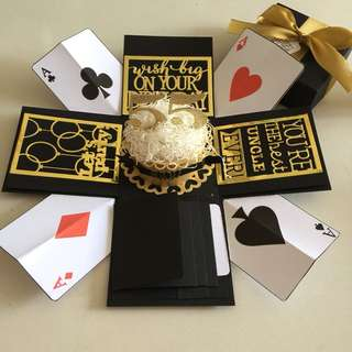 Poker explosion Box With Cake , 4 waterfall in black & gold