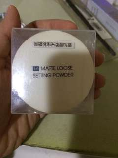 Face powder TOTALLY NEW