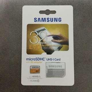 Samsung EVO 32GB Micro SDHC Card with SD Adaptor
