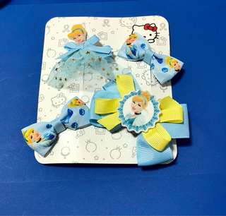 Cinderella hair clips set