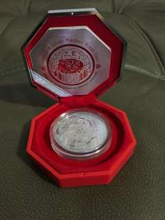 $10 2oz 999 fine silver coin with cert