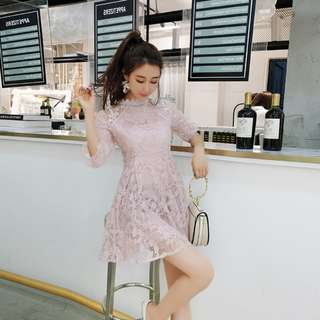 (M-L)氣質新款甜美洋裝淑女蕾絲花朵拼接泡泡袖高腰修身A字連衣裙