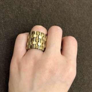 金色齒輪戒指