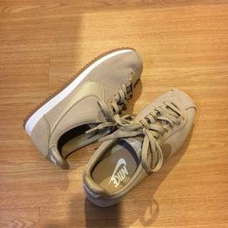 Nike cortez 阿甘鞋 卡其 日本限定