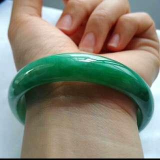 🍍Grade A 水润 Sunbright Green Jadeite Jade Bangle🍍