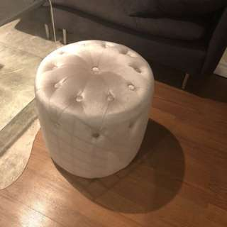 Velvet ottoman PICK UP BEFORE MARCH 20