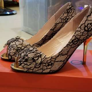 Viva 9 成新喱士高爭鞋 size 23.0