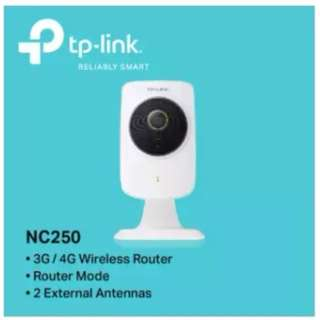 TP-LINK - NC250 HD Day/Night Cloud Camera & 300Mbps Wi-Fi Range Extender