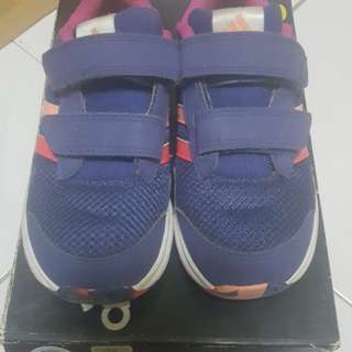 Adidas kids Snice Shoes Size 9UK (Original)