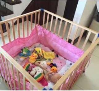Adjustable wooden crib or playpen