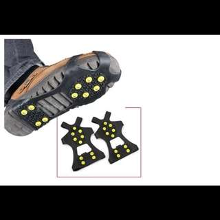 Stretch Fit Ice & Snow Grips with Anti-slip 10-Studs Traction Cleats over Footwear