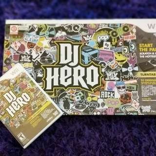 Wii DJ Hero set (turntable+game disc) mint! hi almost new. Mirror-shine disc.