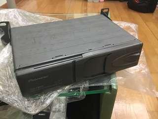 Pioneer car CD player CDX-FM673