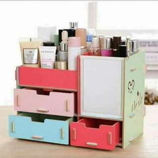 MAKE UP STORAGE BOX SMALL