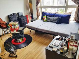 Versatile Masters Bedroom in Lake Life Condo (Jurong) for Rent