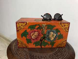 Tibet/Nepal art box