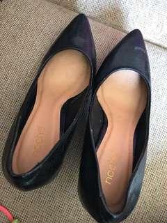 NOCHE black snake skin high heels size 39 - sepatu high heels hitam