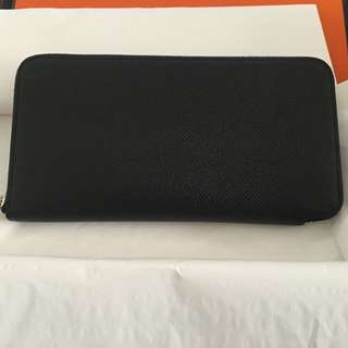 Hermes silk in wallet in black