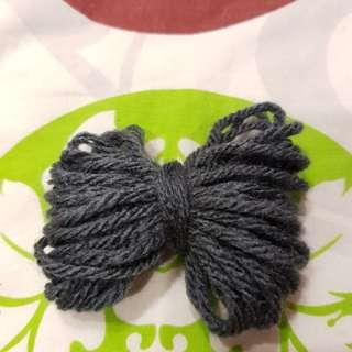 Grey string/yarn