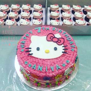 💖Hello Kitty Cake + 24 Cupcakes